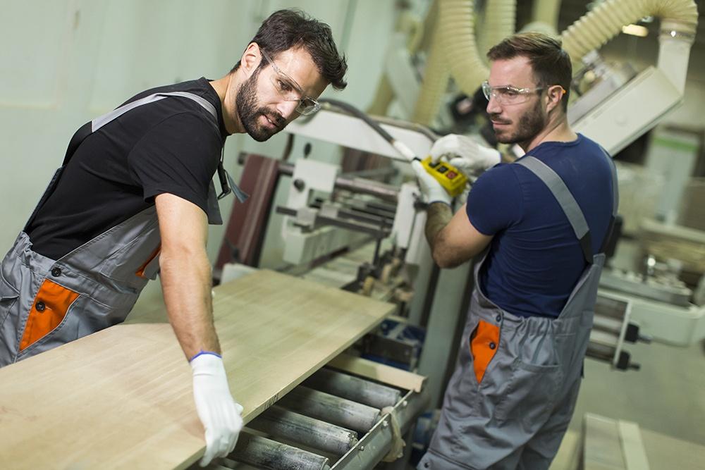 Lønns- og arbeidsvilkår for utenlandske arbeidstakere